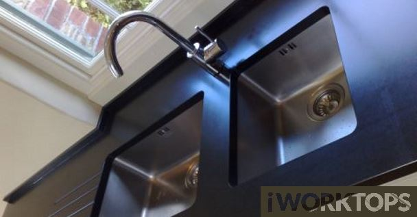 Sill and worktop same level example 1 - iWorktops